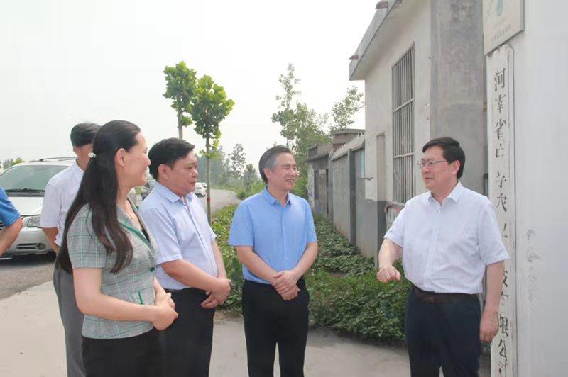 省供销合作总社党组书记、理事会主任 刘延生到新乡调研综合改革情况